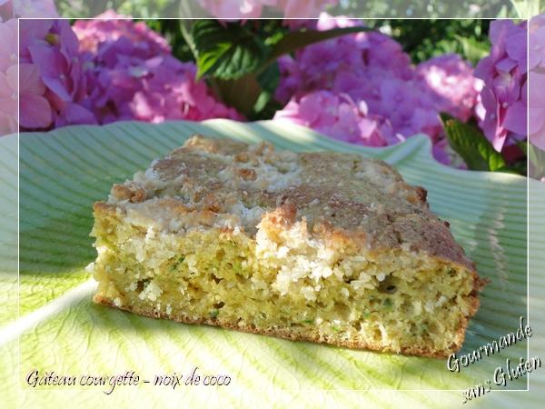 Gâteau courgette et noix de coco