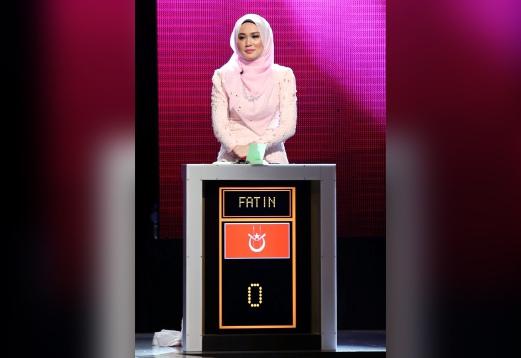 peserta kelantan, fatin juara clever girl pertama irdk kelantanpeserta dari kelantan, fatin nuraisya mohd hanipha atau fatin muncul juara edisi pertama program berkonsep kuiz, clever girl malaysia (cgm) terbitan tv3,