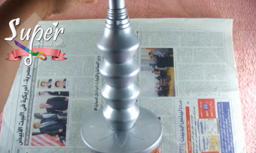 DIY-Beside-lamp-From-plastic-bottles10.j