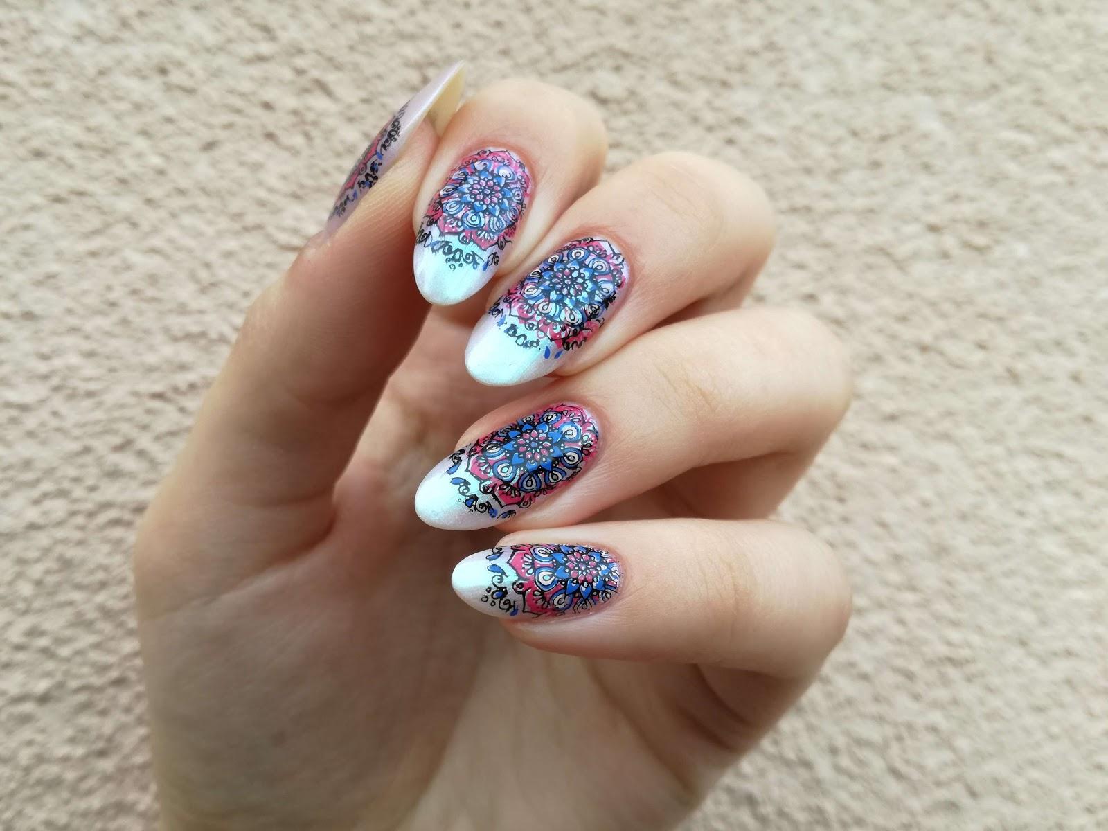 różowo-niebieskie paznokcie gotowe