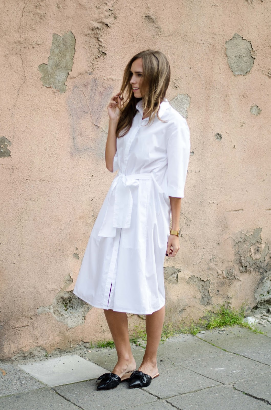 flat mules shirt dress minimalist outfit