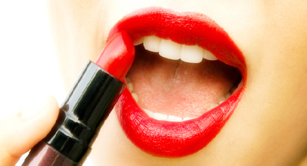 Ramalan Warna Lipstik