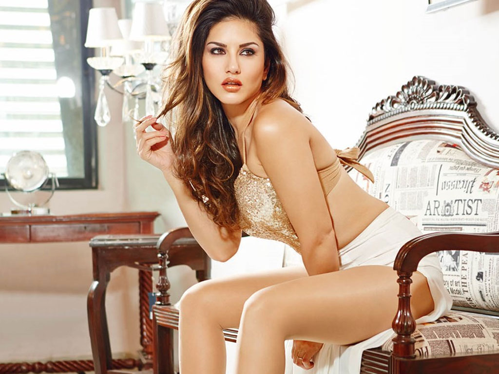 Hot  Sexy Photos Of Sunny Leone  Bollywood Hot-7297