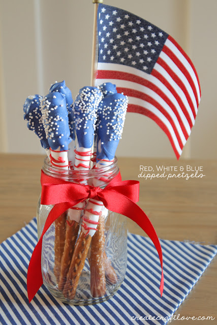 http://www.the36thavenue.com/fourth-of-july-dessert-dipped-pretzels/