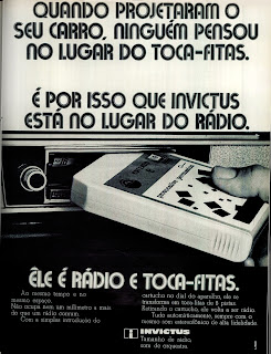 propaganda toca fitas Invictus - 1971. 1971; brazilian advertising cars in the 70s; os anos 70; história da década de 70; Brazil in the 70s; propaganda carros anos 70; Oswaldo Hernandez;