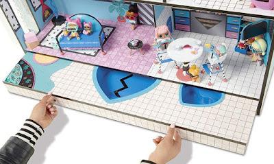 Как выдвинуть бассейны для игрушек ЛОЛ Сюрприз в кукольном доме MGA