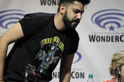 Rahul Kohli faking leaving the panel