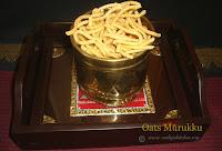 http://www.sailajakitchen.org/2009/05/oats-muruku.html