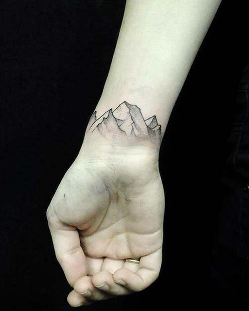 dağ bilek dövmeleri bayan mountain wrist tattoos for women