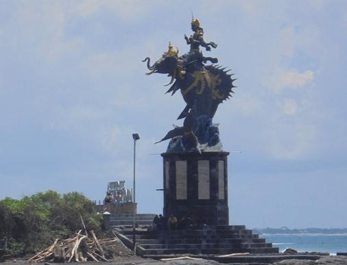 Pererenan Beach Statue, Patung Gajah Mina Pantai Pererenan