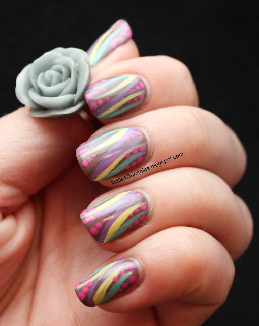 Nails4Dummies - Abstract Stripes and Dots Nails
