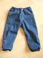 http://pingukreativ.blogspot.de/2015/07/my-kid-wears-meine-erste-jeans-aus.html