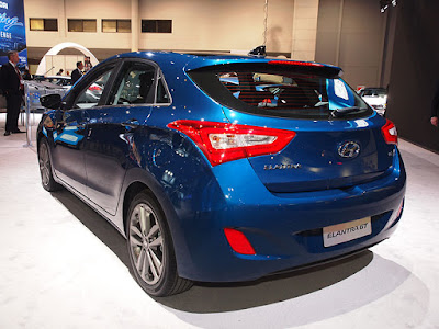 2016 Hyundai Elantra GT back veiw