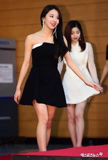 Foto anggun Chaeyoung saat menghadiri  Golden Disk Award 2018