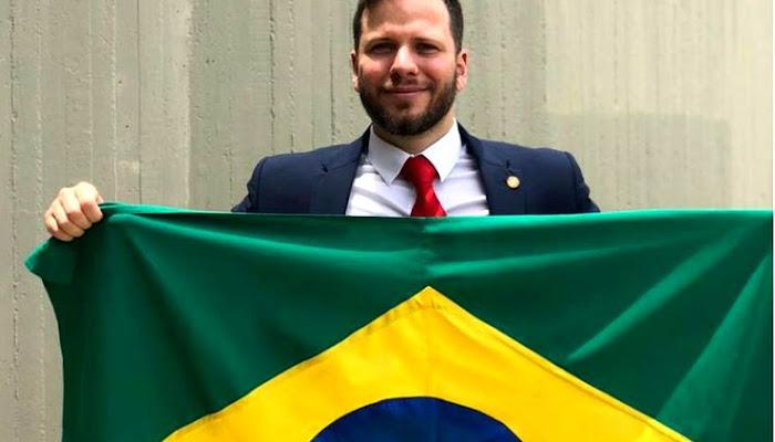 ASSISTA: Advogado registra em vídeo sua prisão após discutir com Lewandowski