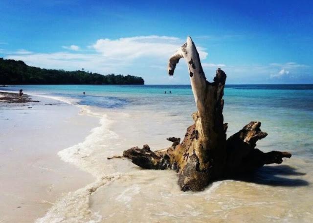 Pantai Samboang Bulukumba
