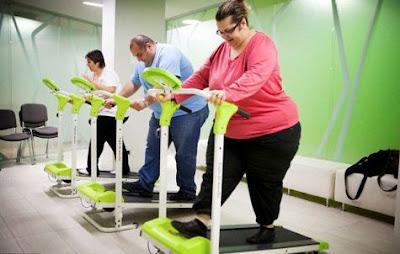 Người béo phì nên tập với máy chạy bộ để giảm cân