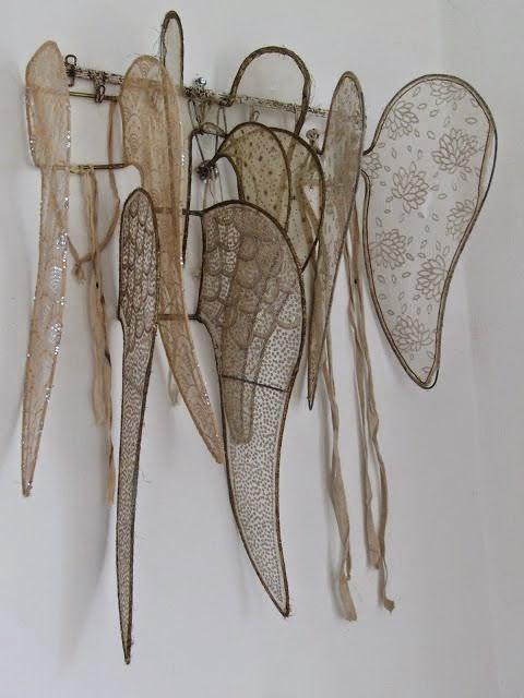 anielskie skrzydla koronkowe