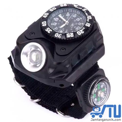 Jam tangan outdoor untuk bertualang anti air kompas senter