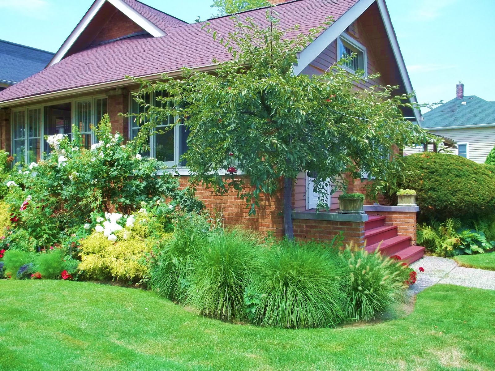 Digging In The Dirt: A Cottage Style Garden