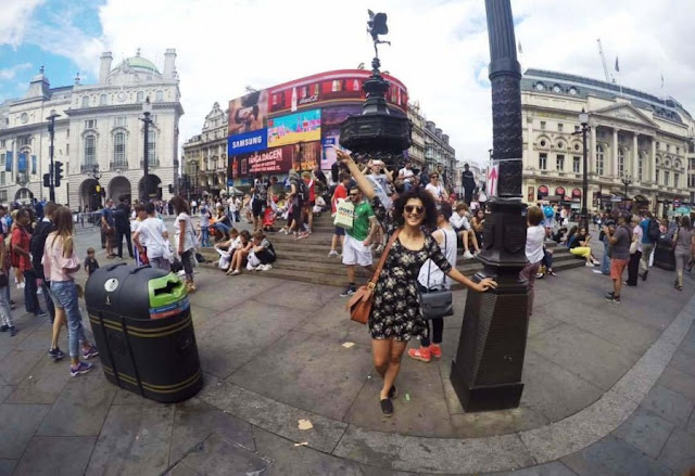 Taapsee Pannu In London while shooting for Judwaa 2