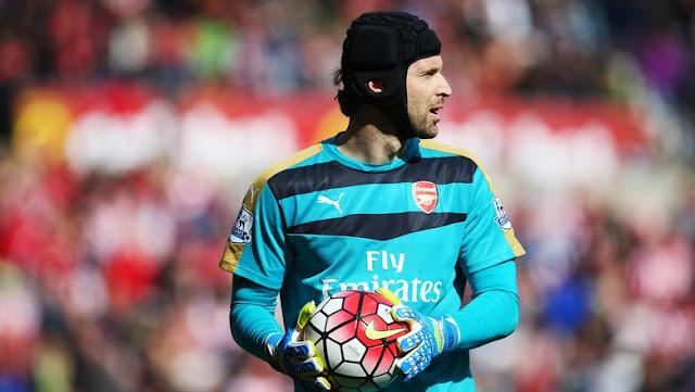 Cech Incar 87-88 Poin untuk Arsenal