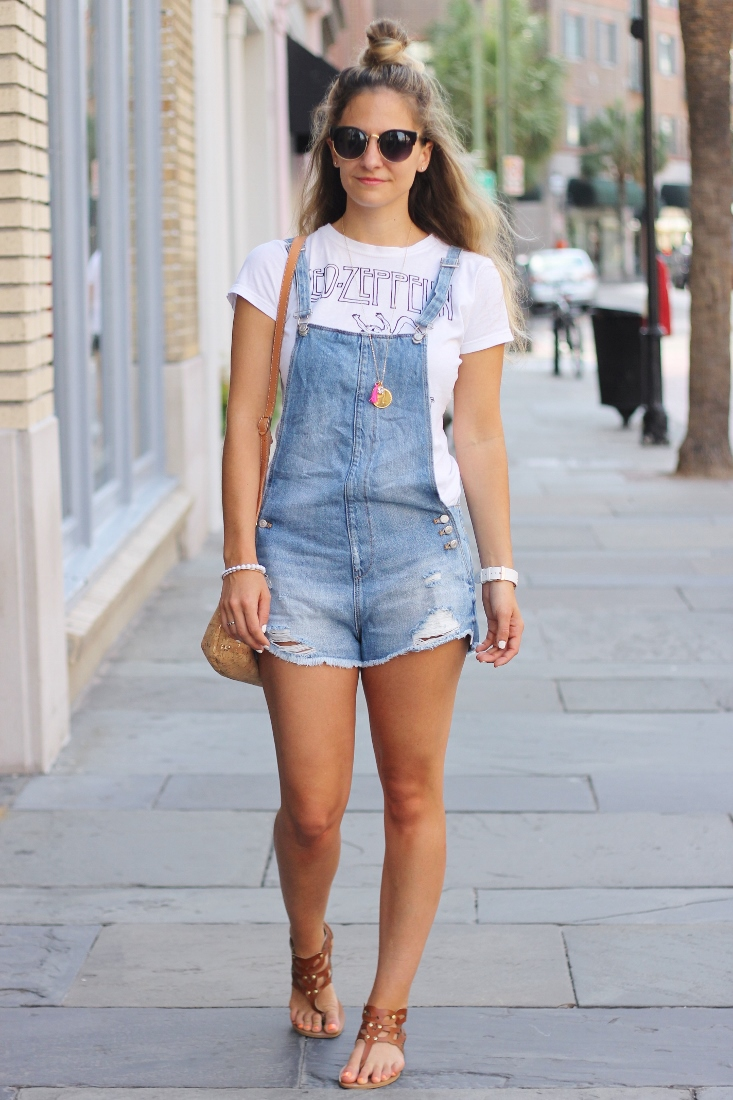 raw hem dungaree shorts with tee shirt