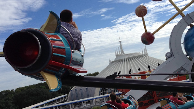 Astro Obiter no Magic Kingdom em Orlando