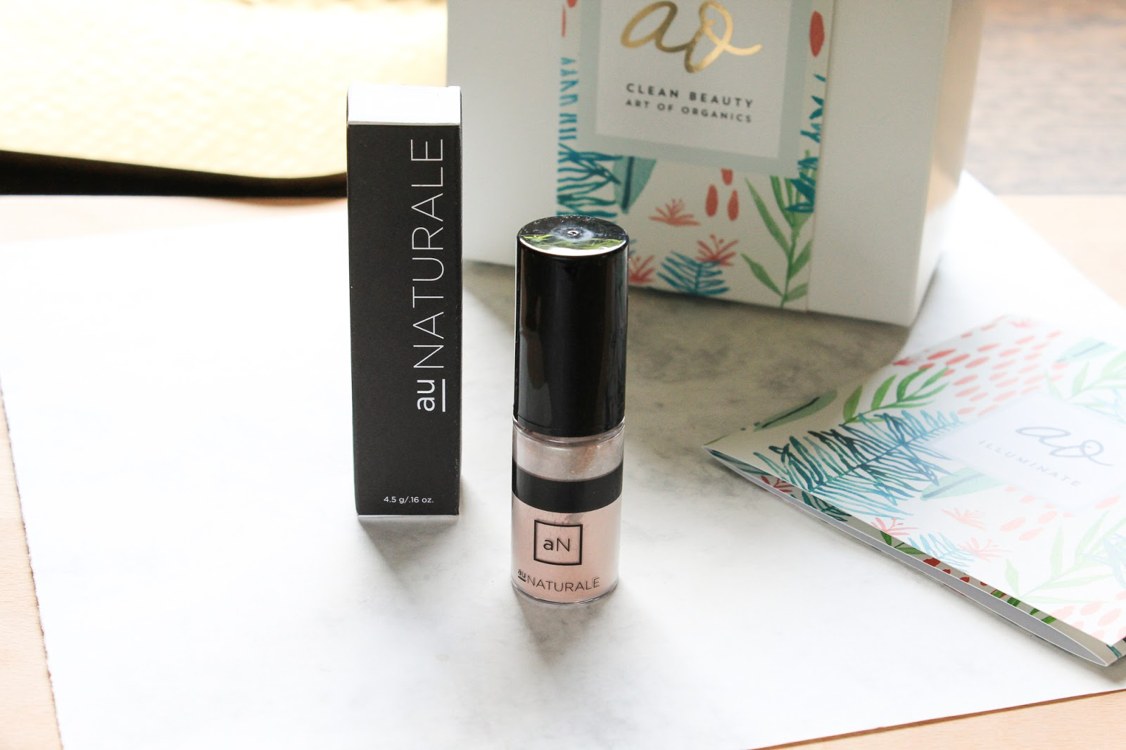 Au Naturale Pure Powder Highlighter Begonia Art of Organics July 2018 Clean Beauty Box