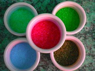 cara-membuat-pasir-berwarna.jpg