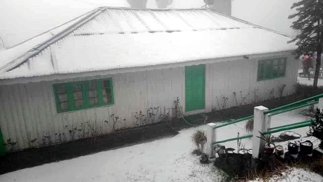 The town of Darjeeling, its outskirts and the upper ridges of Gangtok in Sikkim on Friday received the first snowfall in 10 years. While tourists and local people ventured out to enjoy the spectacular view