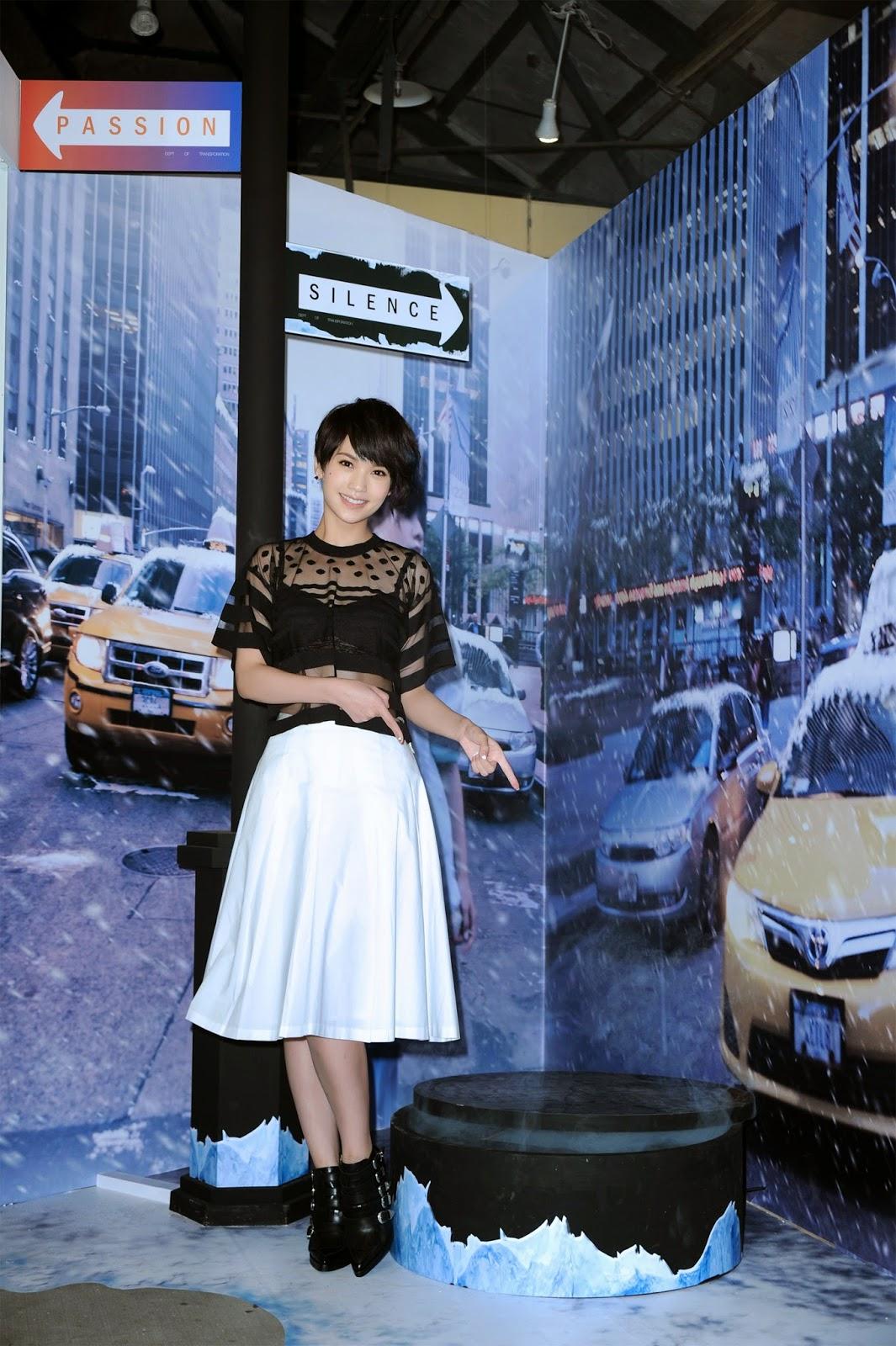 楊丞琳揭幕《雙丞戲4D展》重現紐約街景藝術 - WoWoNews