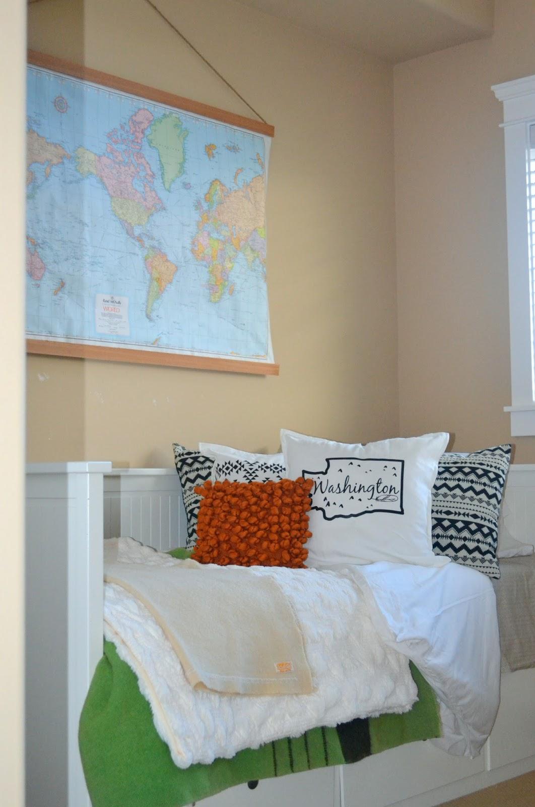 Bohemian Bedroom on a Budget on Bohemian Bedroom Ideas On A Budget  id=70628