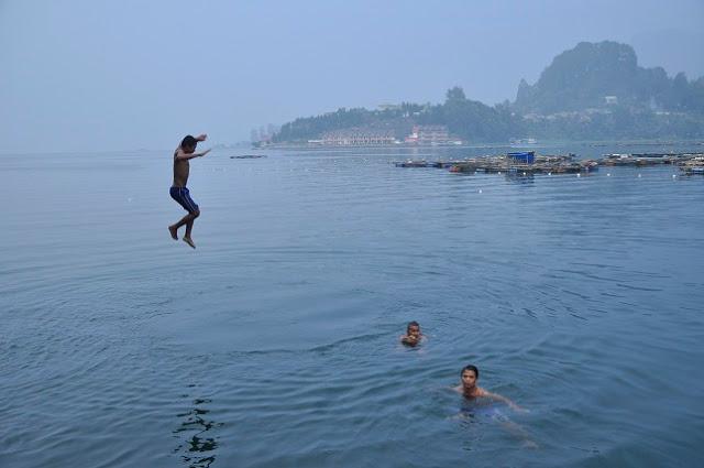 Danau Toba... Kolam Renang Terbesar di Dunia, Namun Belum Melahirkan Ahli Renang Kelas Lokal, Nasional ataupun Dunia