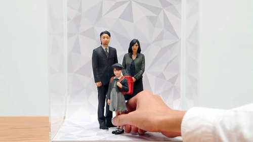 02-omote-photo-print-3d-mini-me