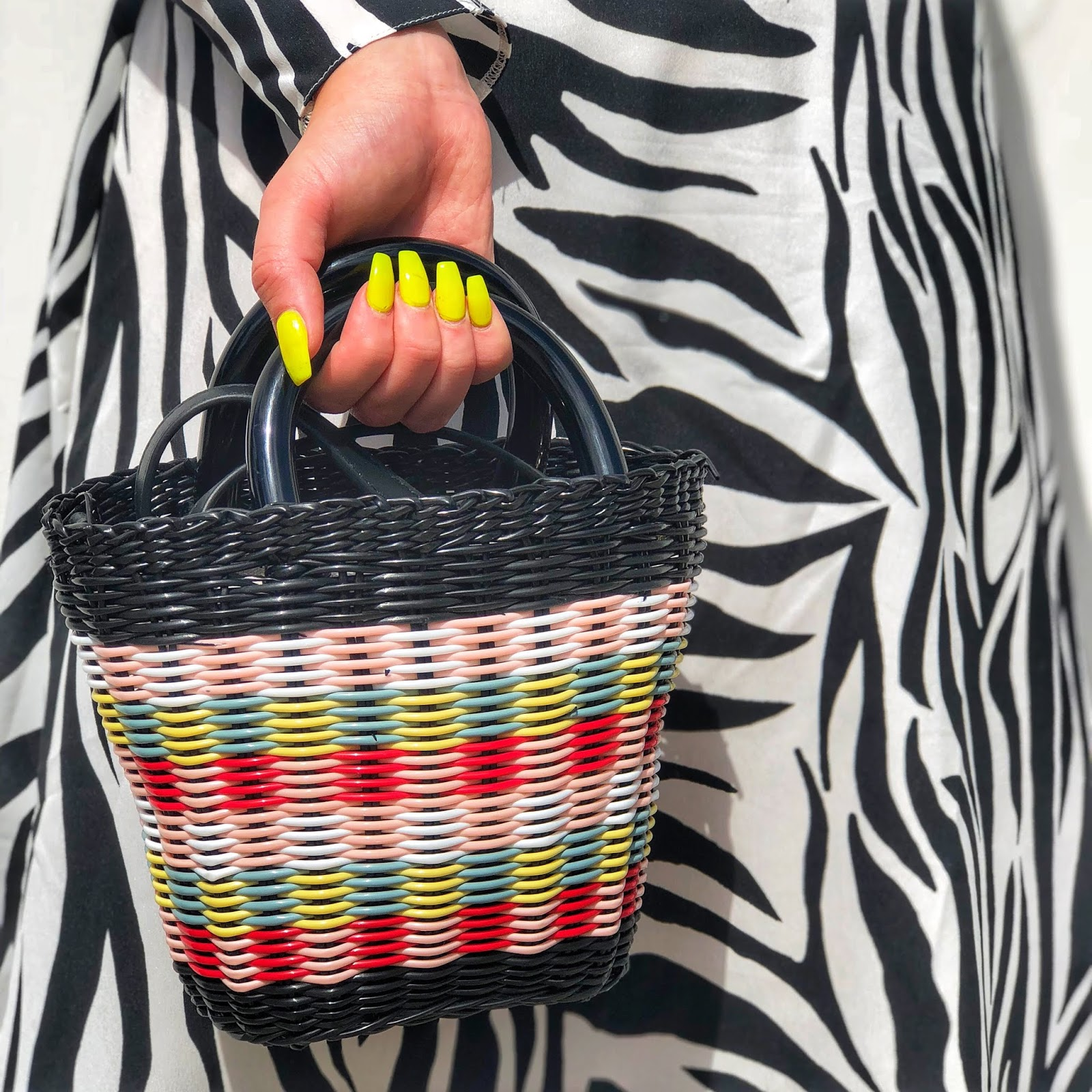 asos animal print, asos zebra dress, zebra dress, asos sold out zebra, asos leopard dress, how to style animal print, animal print budget, cheap zebra dress, zara sold out bag, transitions style, neon yellow nails