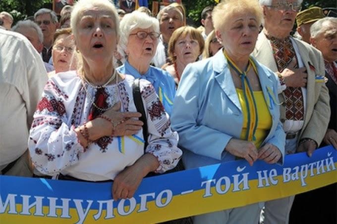 «Живые позавидуют мертвым». Рада поддержала пенсионный геноцид, отправив в нищету «скачущее поколение»