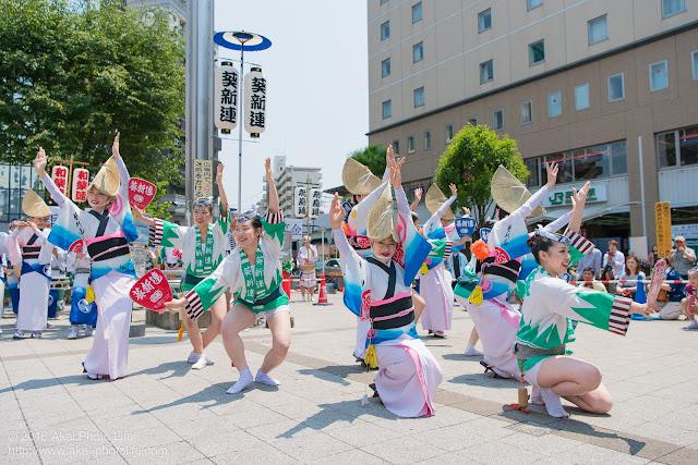 熊本地震被災地救援募金チャリティ阿波踊り、葵新連の写真