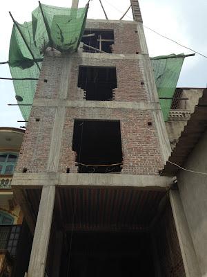 Tòa chung cư mini Minh Đại Lộc 2 đã lên đến sàn tầng 5
