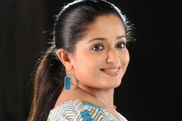 Celebrities Kavya Madhavan New: Kavya New Photo « HD Wallpaper For Actress-Actor-Movies