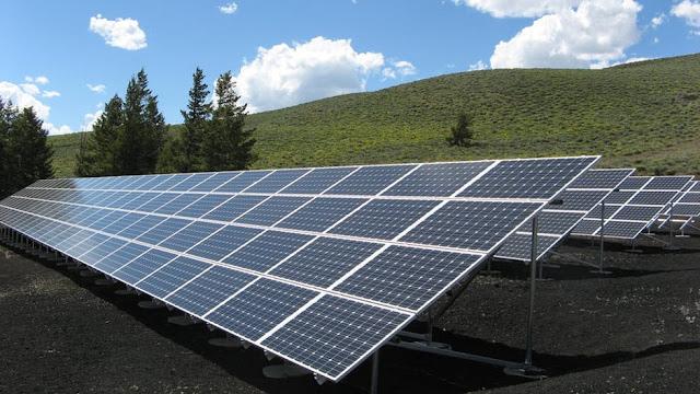 solar panel array power sun electricity 159397 - WePower Uniting Blockchain with Green Energy