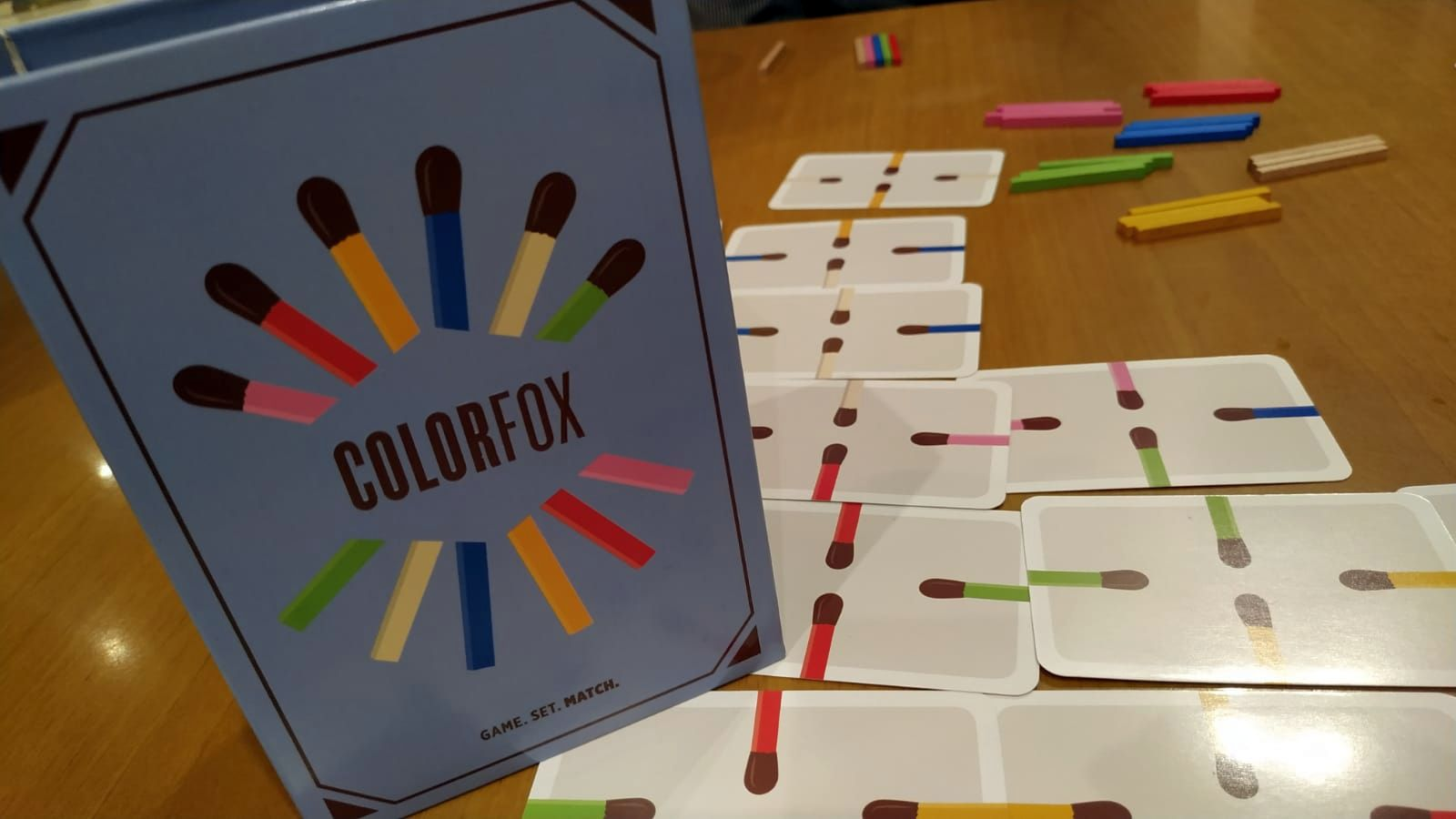 """Collezionista Di Scatole Fiammiferi colorfox"""", un arcobaleno di cattiveria"""