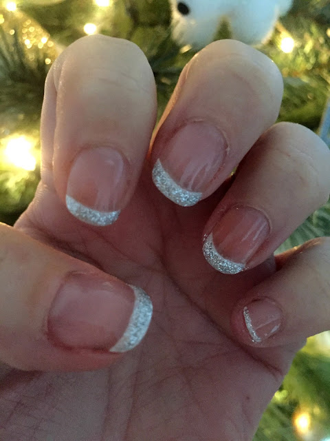 Three Easy Christmas Nail Looks
