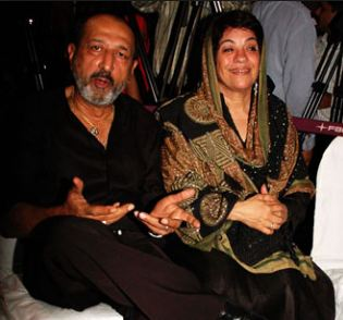 Tinnu Anand Family Wife Son Daughter Father Mother Marriage Photos Biography Profile.