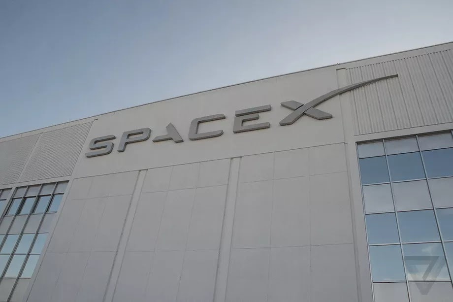 SpaceX will launch first internet providing satellites in 2019