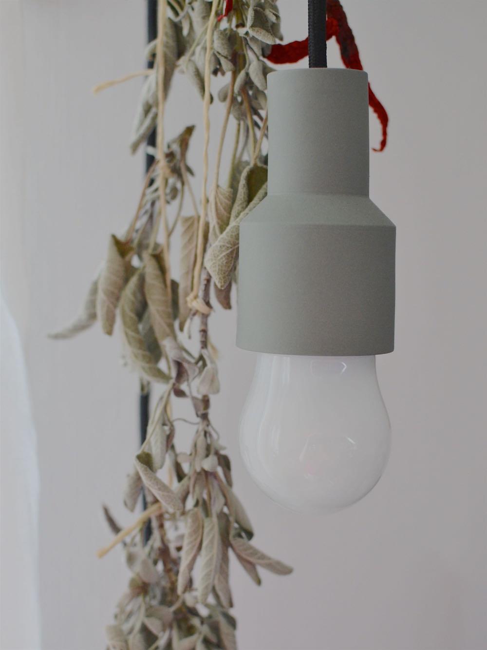 Lampe mit Textilkabel