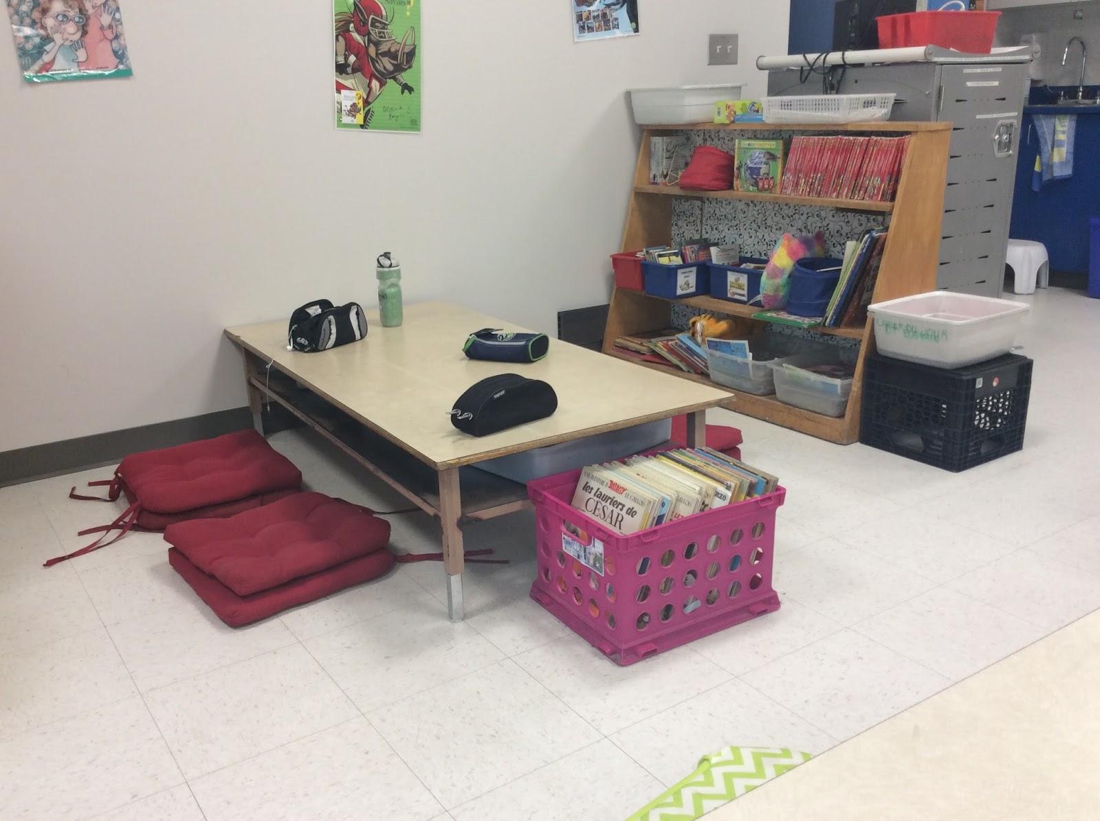 La classe de jos e flexible seating - Flexi feutre pour pattes de chaises tubulaires ...