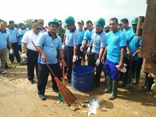 Hari Sampah Nasional Bupati Ingatkan Warga Jangan Buang Sampah Sembaranganan