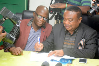 COSON, DISC JOCKEYS SIGN COPYRIGHT AGREEMENT
