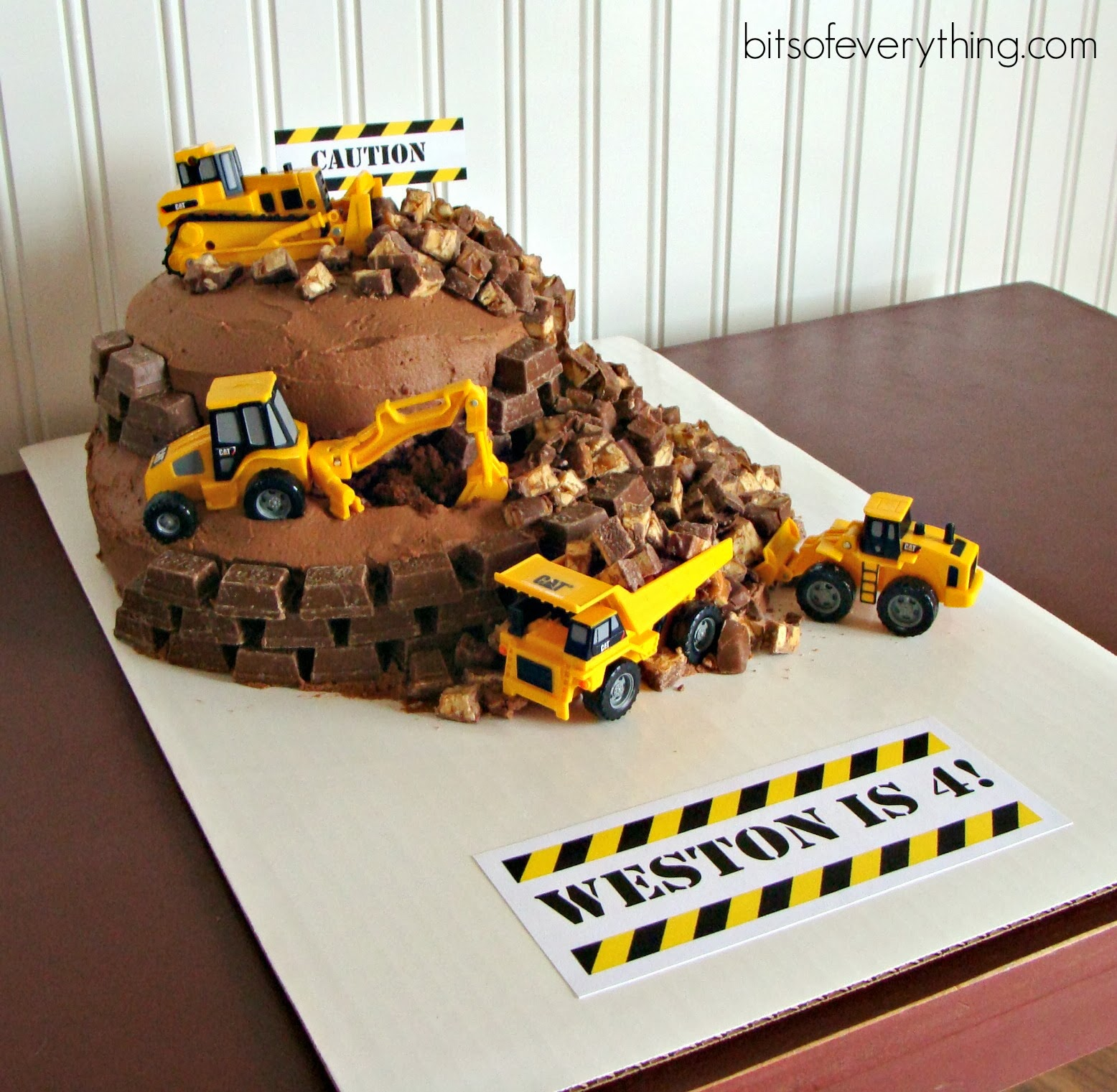 Mini Construction Site Signs For Birthday Cake